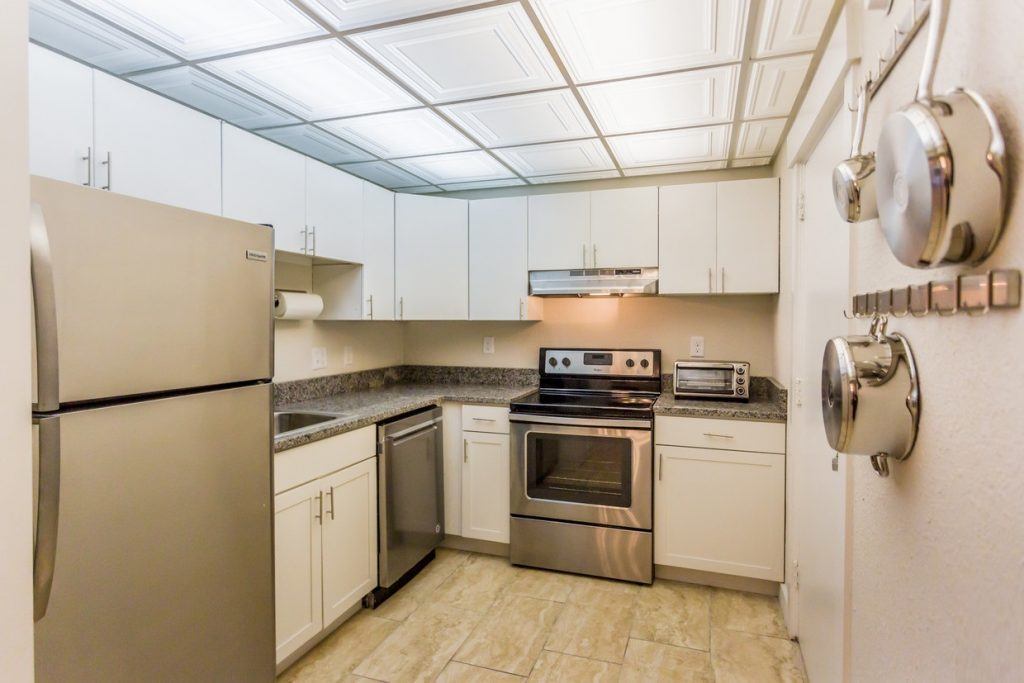 Dagny's kitchen with modern appliances
